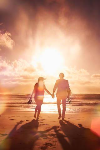 Buvimo savimi padarinys:  santykiai su kitais tampa realūs