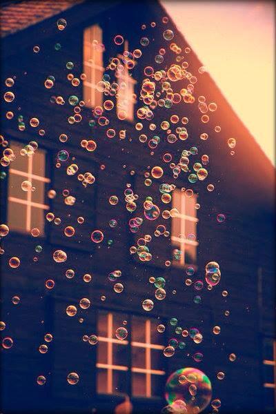 Tikėjimo savimi pasirinkimas: naudinga būtinybė ar gyvenimas burbule?