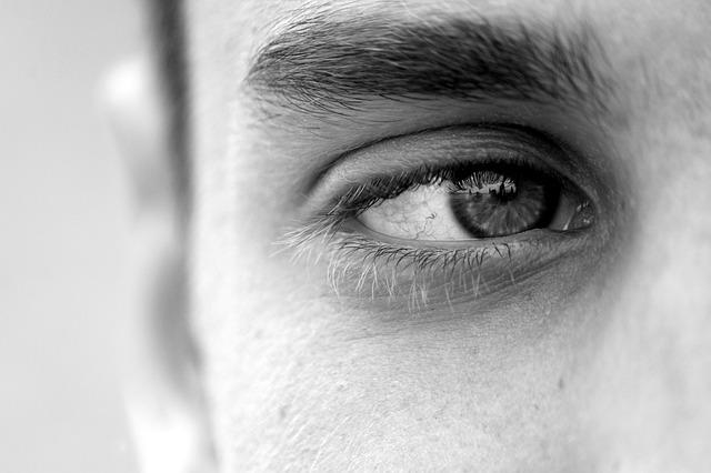 Aukšta savivertė – tik išpūsta ego savimeilė?